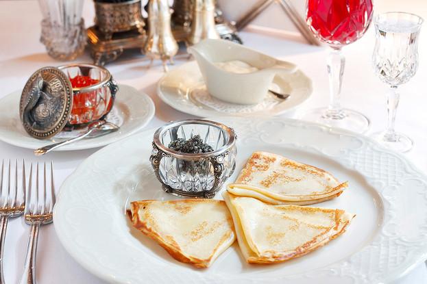 Ресторан «Царь», Санкт-Петербург: Блины «по-царски» с осетровой икрой
