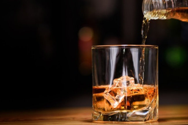 Ирландский паб Финнеганс: Больше виски!