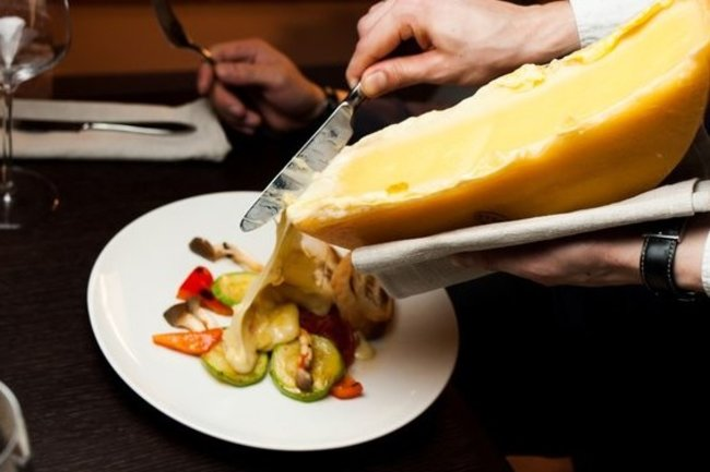 Raclette bar: Джаз и бонусы