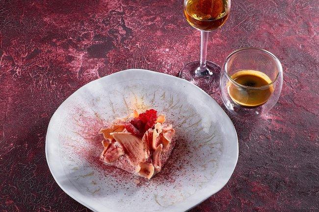 Red. Steak & Wine: L'Art De La Patisserie