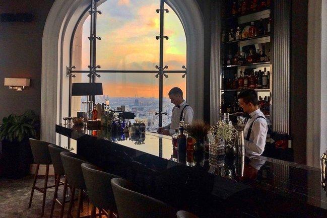 Mercedes Bar: Коктейльный мастер-класс