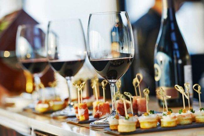 Le Cotlete Café: Дегустация вин